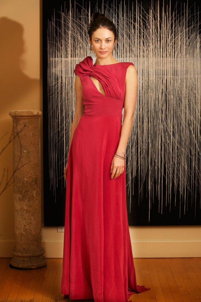 Olga Kurylenko Oscars 2014 (image sourced http://bit.ly/1nJrt5j)